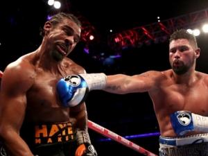 Белю повали Хей в брутален мач с много кръв и тежки удари