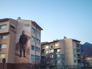 Пловдивски художници извисиха генералите Вазови в Града на героите СНИМКИ