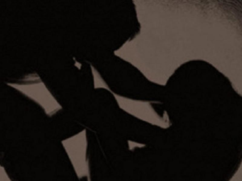 Ромка в Пловдив проплака заради извратен любовник