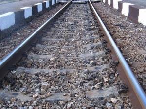 Момче загина под колелата на влак заради селфи