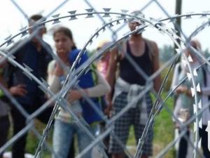 """Унгария изпраща хиляда """"гранични ловци"""" да пазят границата от мигранти"""