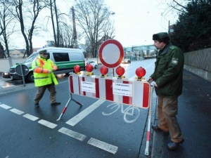 Паника в Германия: Евакуираха пет атомни електроцентрали