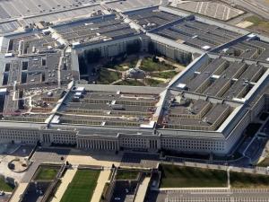 Пуснаха в мрежата голи снимки на американски военни