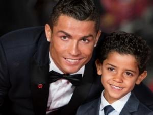 Кристиано Роналдо отново ще става баща, този път на близнаци