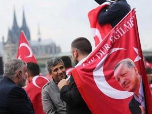 Гответе се за вълна от бягащи от Турция!, предупреждава бивш консул
