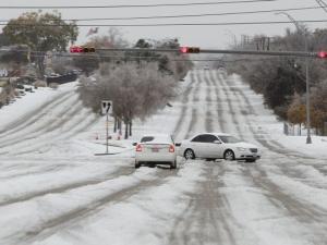 Снежна буря връхлетя САЩ