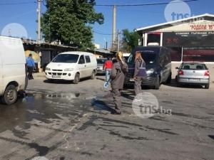 Полиция и данъчни влязоха в борсата в Първенец