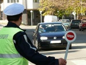 КАТ си слагат преносими очи: Триноги камери ще снимат нарушителите на пътя!