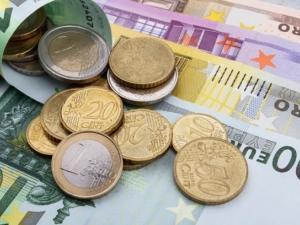 Полша не иска евро засега, отлага решението с 10 години