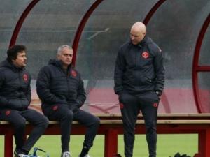 Скандал в Ман Юнайтед: Моуриньо се сби с фитнес треньора на отбора