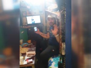 Затворници в Пазарджик излъчват на живо във Фейсбук как ядат и пият ВИДЕО