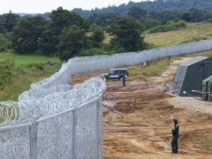 Двамата силови министри инспектират границата с Турция