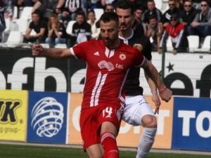 ЦСКА изравни в мача с Локо Пловдив, Зума е на Лаута
