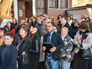 Пловдивски съдия показа непознатото лице на Изтока във фотоизложба