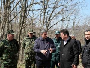 Министър Узунов инспектира границата СНИМКИ