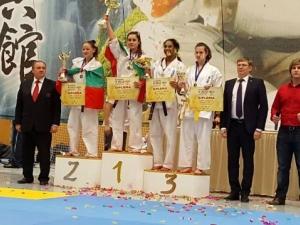 Родните каратеки спечелиха 5 златни медала на Европейското