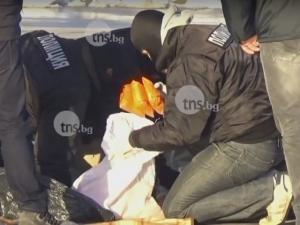 Екшън в столицата: Сгащиха четирима с наркотици, блъснали патрулка при опит да избягат