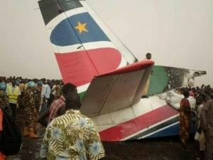 Самолет се разби при кацане в Судан СНИМКА