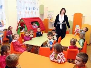 Награждават учители в Пловдив, обучили се на метода на Монтесори
