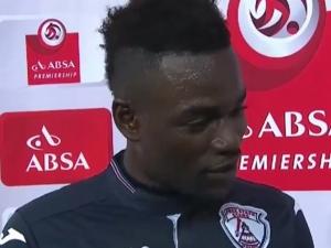 Гаф: Футболна звезда се издаде в ефир, че изневерява на жена си