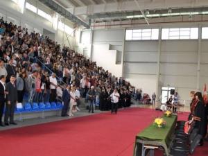 Десетки математици от ПУ ще получат дипломите си днес