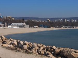 Централният плаж във Варна с минимален наем от 134 330 лева