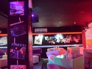 Помните ли партитата в Борледо?  Можете да ги преживеете отново в КОМО клуб СНИМКИ