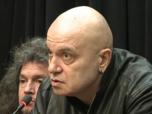 След скандала и заканите: Излъчват новия епизод на Слави