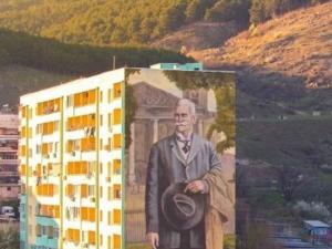 Нов лик Иван Вазов краси саниран блок в Сопот СНИМКИ