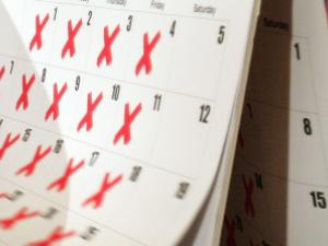 Работодатели искат нови правила за почивните дни у нас!