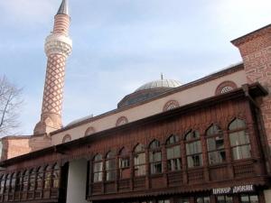 Пловдивчанин: Защо Джумая джамия трябва да ползва усилватели? ВИДЕО