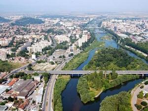 Пловдив ще има остров за забавления! Извозват гостите с лодки до Адата