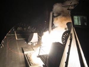 Тръмп отвръща на удара: САЩ с ракетна атака срещу Сирия