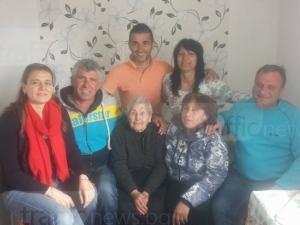 Баба Рада посрещна 100-тния си рожден ден, без да е пила хапче