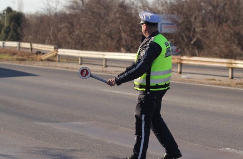 """КАТ глобява за превишена средна скорост на магистрала """"Тракия"""" в района на Пловдив"""