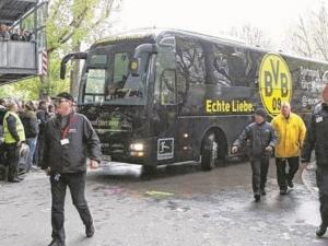 Взривове в Дортмунд! Три експлозии до рейса на Борусия, испански национал е в болница