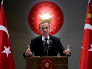 Каква власт ще получи Ердоган, ако референдумът в Турция е успешен