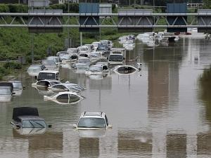 17 души са загинали при наводнения в Иран