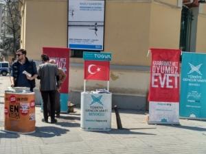 Арести по време на референдума в Турция, разликата ще е под 2 %