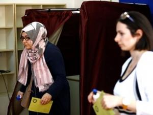 Турски опозиционен лидер поставя под въпрос легитимността на днешния вот