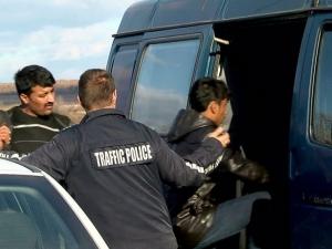 Мигранти се напъхаха в ремарке на камион, заловиха ги в Пазарджик