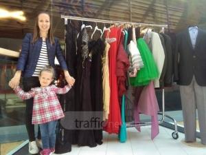 Да открием Пепеляшките! Страхотни абитуриентски рокли ги очакват в Мол Марково тепе СНИМКИ
