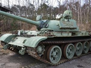 Цели казарми, танкове и БТР-и са били продадени от Министерството на отбраната