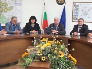 РЗИ-Пловдив разкри има ли опасност, ако пием вода от чешмата ВИДЕО