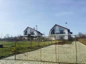 Скандално! Служебен зам.-министър построил 2 къщи с европари! СНИМКИ+ДОКУМЕНТИ