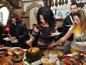 Най-вкусните фестивали в България! Кой, къде, кога? СНИМКИ