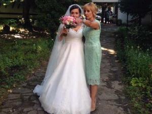 Мая Манолова ще става баба 6 месеца след сватбата си