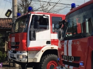 Възрастна жена почина след голям пожар в Пазарджик, мъжът й бе спасен от пожарникарите