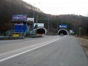 МВР търси свидетели на инцидента, при който кола помете пешеходец на магистрала Тракия