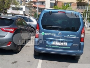 Двама наглеци заклещиха жена на паркинг до Каменица СНИМКА